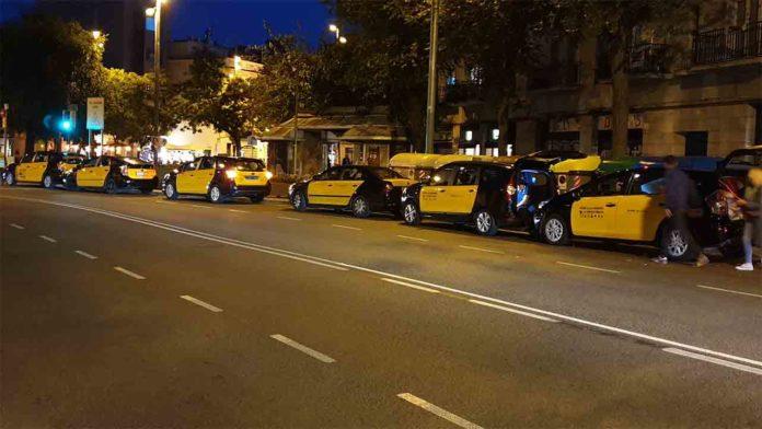 Los taxistas de Barcelona pronostican una sobreoferta a partir del día 22 de junio